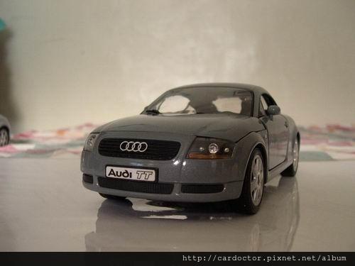 AUDI奧迪汽車2000 TT手排台北中古車估價實例,AUDI奧迪汽車中古車行情及車輛介紹。