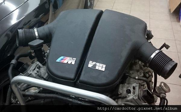 BMW M-power 經典銘機、經典引擎 V10 S85B50,BMW M5引擎、BMW M6引擎開箱介紹,BMW M5引擎、BMW M6引擎詳細分系介紹,BMW M5引擎、BMW M6引擎評價分享。