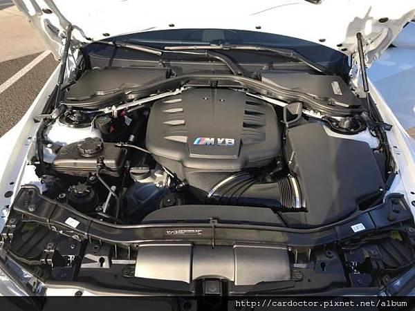 BMW M GmbH 經典銘機 末代自然進氣V8 S65B40,經典引擎V8 S65B40,BMW M3引擎、BMW e92/e90/e93 m3引擎開箱介紹,BMW e92/e90/e93 m3引擎詳細分系介紹,BMW e92/e90/e93 m3引擎評價分享。