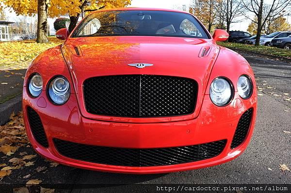 美規外匯車 賓利Bentley Continental Supersports 6.0 W12 Coupe 詳細介紹,美規外匯車 賓利Bentley Continental Supersports 6.0 W12 Coupe開箱分享,美規外匯車 賓利Bentley Continental Supersports 6.0 W12 Coupe評價分享。買賣外匯車推薦建議LA桃園車庫,買賣中古車估價推薦建議請找LA桃園車庫。