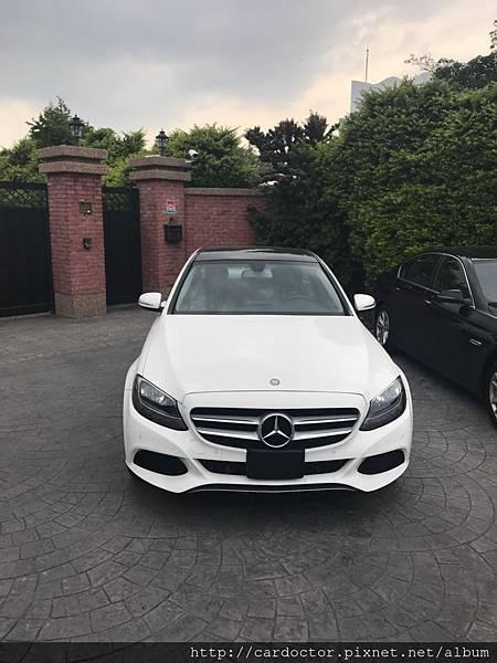 2018最新賓士C300價格行情, C300 AMG W205美規外匯車專屬車源表,全部實車實價,買賣賓士W205 C300外匯車推薦建議LA桃園車庫。2018/4/26更新