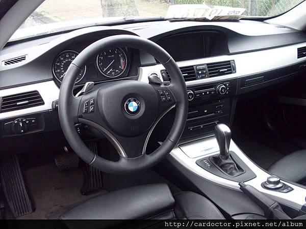 BMW 335i E92 30.JPG