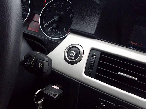 BMW 335i E92 10.JPG