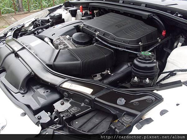 BMW 335i E92 27.JPG