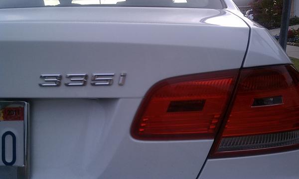 2007 BMW E92 335i Coupe white 1.jpg