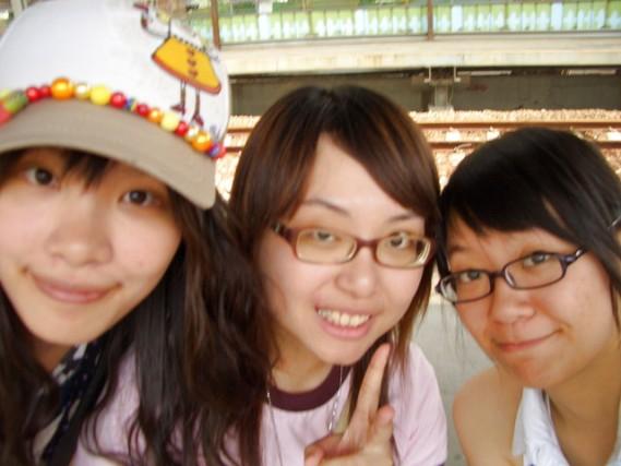 松山車站月台-笑容好ㄍ一ㄥ篇.