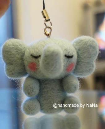 NR002.jpg-羊毛氈‧小象吊飾