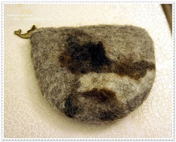NR019.jpg-羊毛氈·零錢包背面