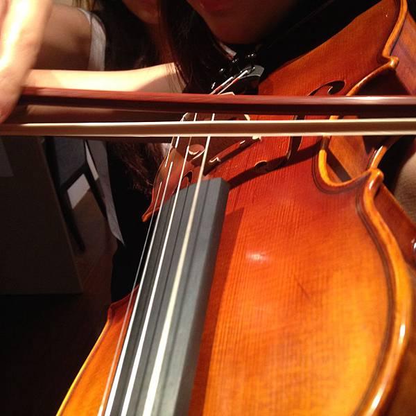 小提琴運弓:練習小提琴的各種小提琴運弓相關練習方法告訴你