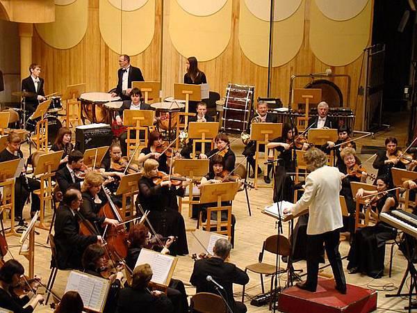 NHK交響樂團表演介紹