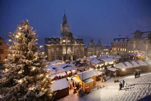 csm_Weihnachtsmarkt_RathausundTreppe2012_01_32c32124e6.jpg