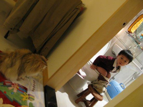 小孩與貓-1.jpg