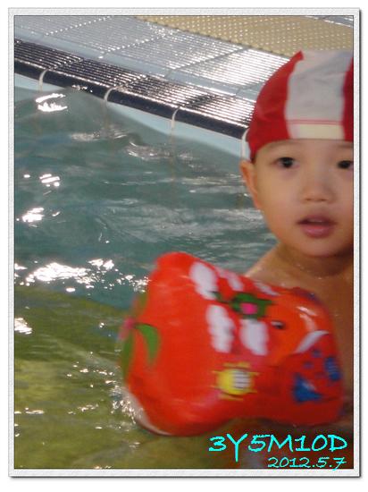 3Y05M10D-游泳課05