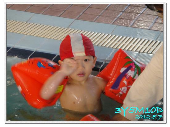 3Y05M10D-游泳課07