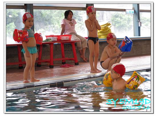 3Y05M19D-游泳課L9-14