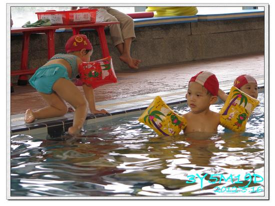 3Y05M19D-游泳課L9-15