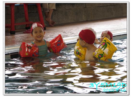 3Y05M19D-游泳課L9-16