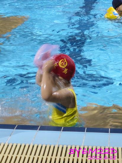 3Y06M22D-游泳課L16-03