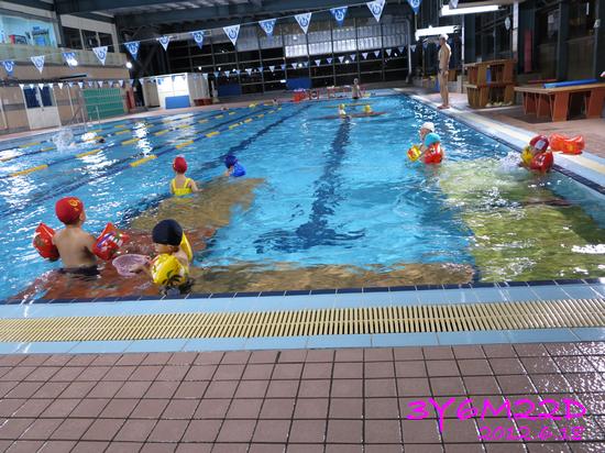 3Y06M22D-游泳課L16-07