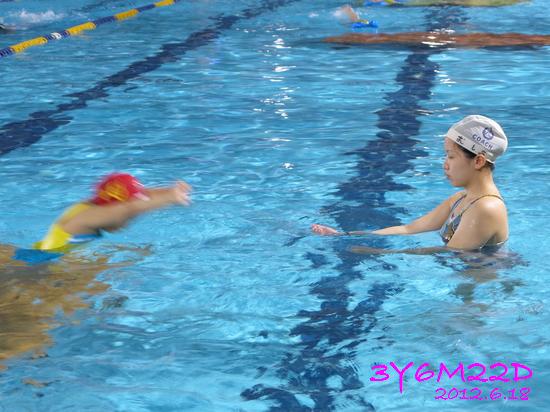 3Y06M22D-游泳課L16-10