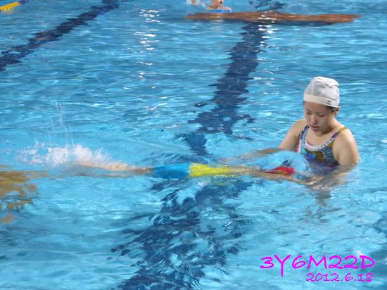 3Y06M22D-游泳課L16-13