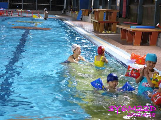 3Y06M22D-游泳課L16-17