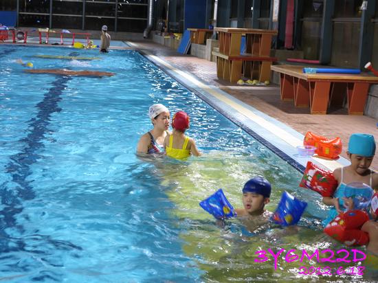 3Y06M22D-游泳課L16-18