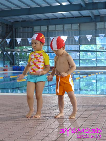 3Y06M23D-游泳課L17-09