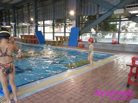 3Y10M06D-游泳課L39-02