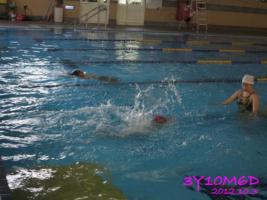 3Y10M06D-游泳課L39-05