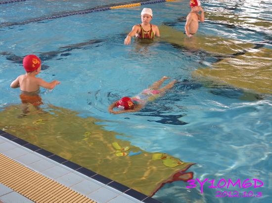 3Y10M06D-游泳課L39-08