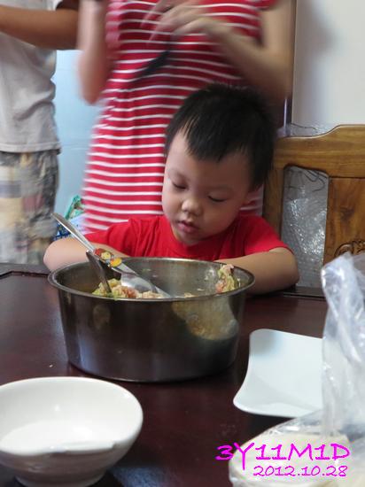 3Y11M01D-小寶水餃趴03