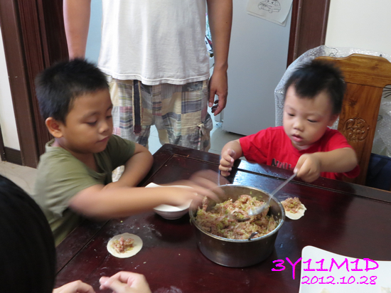 3Y11M01D-小寶水餃趴08