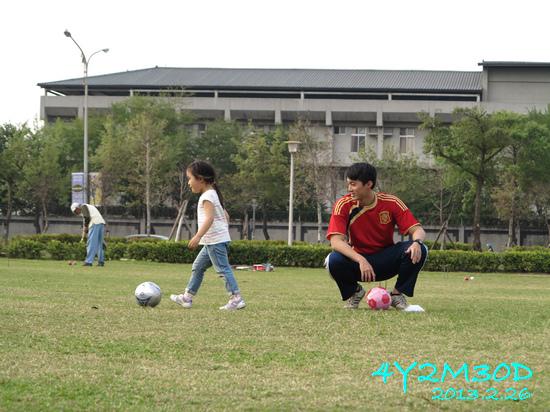 4Y02M30D-足球課09.jpg