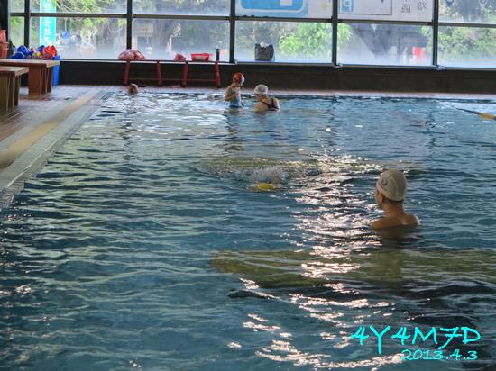 4Y04M07D-游泳課18.jpg