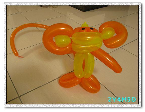 2Y04M05D-猴子氣球01.jpg