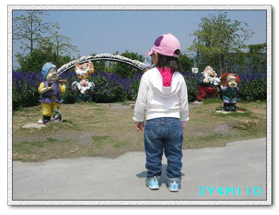 2Y04M11D-中社花園007.jpg
