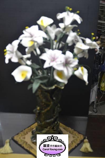 VIP學生劉碧蓮-201210-花藝製作香水百合(含花瓶)