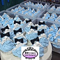 創意結婚杯子蛋糕-麗庭莊園訂做(有蝴蝶領結的是紀念模型)