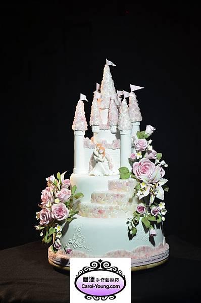 培訓學生張美惠-2013蛋糕協會3月gateaux盃蛋糕技藝競賽-職業組糖花裝飾比賽作品