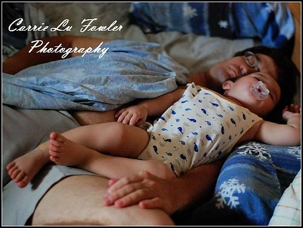 sleeping babies-01.jpg