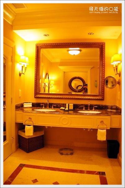 Venetian Hotel (43).jpg