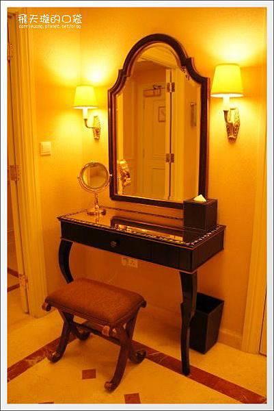 Venetian Hotel (48).jpg