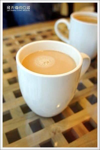 Double Coffee (52).jpg