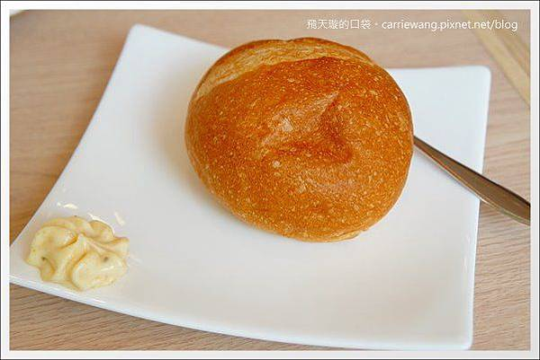 Pear Cafe (26).JPG