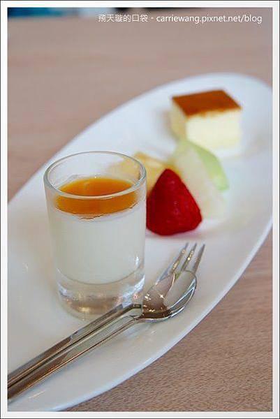 Pear Cafe (30).JPG