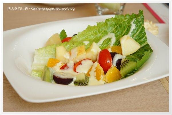 Pear Cafe (28).JPG