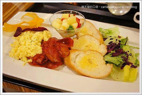 La Vie Cafe (26).JPG