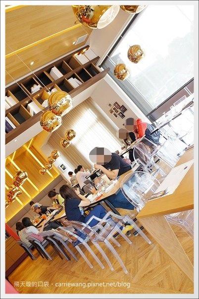 Love One Cafe (7).JPG