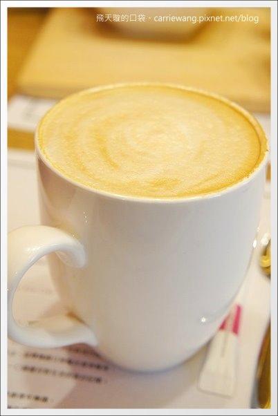 Love One Cafe (27).JPG